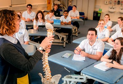 Students in class physiotherapists
